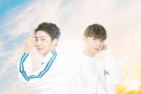 宋孟君、威仔《最美情话》MV正式版发布 席卷榜单