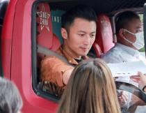 谢霆锋回归《中国好声音》 音乐大篷车首场试音武汉开播