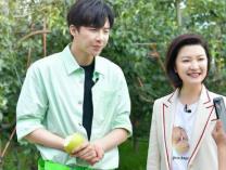 """第五季《我们在行动》任贤齐创意改歌词 刘宇宁变""""行走的点唱机"""""""